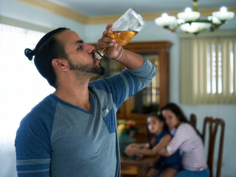 Alcoholism in family systems - Binge drinking